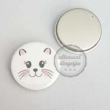 Flatback button poes snoetje op witte achtergrond 25mm