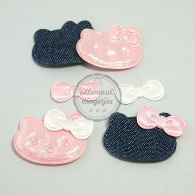 Hello Kitty applicaties met strikjes roze denim 22x30mm 4 setjes