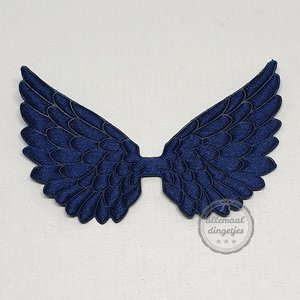 Vleugel angel wing applicatie satijn donkerblauw 45x70mm per stuk